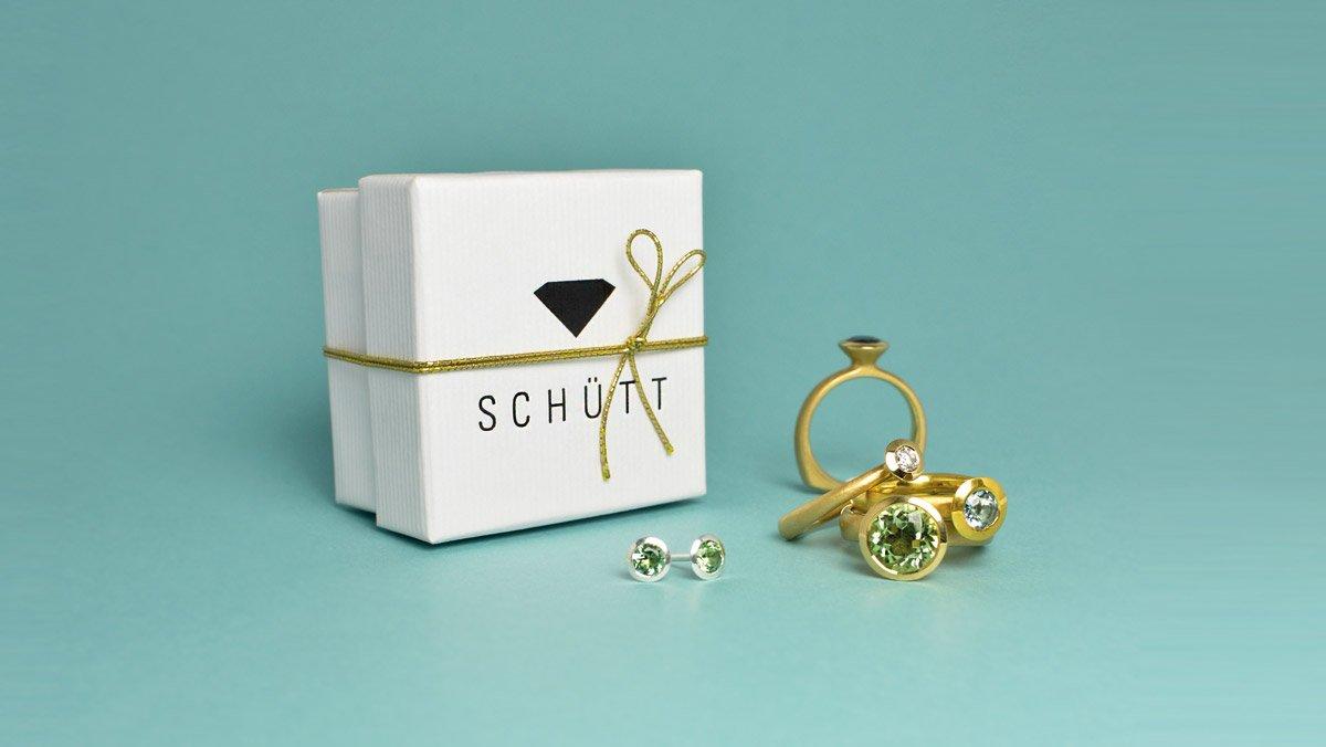 Verlobungsring Edelstein Goldschmuck Schütt Iris
